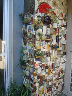Wow Mosaic Wall Art, Mosaic Diy, Mosaic Garden, Tile Art, Mosaic Glass, Mosaic Tiles, Garden Art, Garden Gates, Tile Crafts