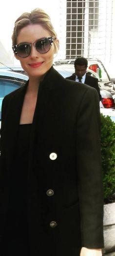 ed8200416e0 Olivia Palermo  Sunglasses – Fendi Coat – Reiss Fendi Coat