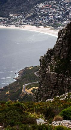 Chapman's Peak Drive and Hout Bay - Cape Town http://www.belvederecottages.co.za