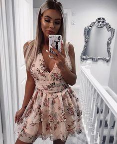 9b72c8e927 Mimi- rozkloszowana sukienka w kwiaty Suknie Ślubne