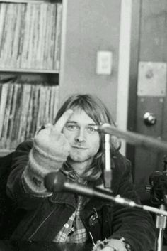 Kurt middlefinger