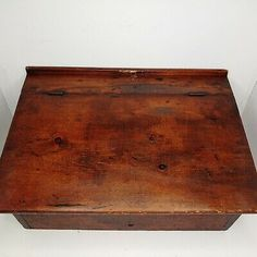 VINTAGE RARE Table Top Podium Lectern Real Wood Portable Old Antique AMAZING  | eBay Lid Storage, My Art Studio, Old Antiques, Black Wood, Real Wood, Adjustable Shelving, Clear Acrylic, Wood Signs, Flooring