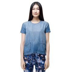 Elizabeth shirt  http://www.clubmonaco.com/product/index.jsp?productId=15647276=12243590.12266442.12454409=ln_women_apparel_shirts