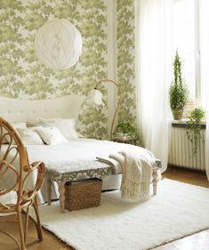 Calm green bedroom