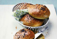 Des buns au thé matcha Préparez ces petits pains originaux à l'aide de nos étapes de réalisation : Buns au thé matcha