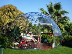 癒しのグリーンタイムを過ごそう。丸い温室「Garden Igloo」で