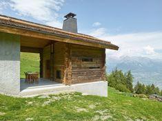 Savioz Fabrizzi - Barn transformation, Valais Central 2017. Photos © Thomas Jantscher.
