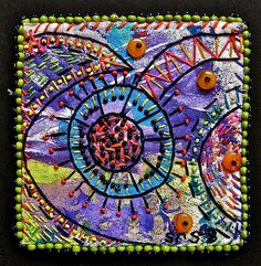 """Today we're featuring some unique thread art from """"Creative Chick."""" Yes, as you can see from her name, how could we resist highlighting her here in """"creative chick heaven? Fabric Painting, Fabric Art, Fabric Decor, Fibre And Fabric, Contemporary Embroidery, Fabric Journals, Textile Fiber Art, Thread Art, Mini Quilts"""