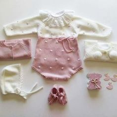 349 Likes, 6 Comments - mariac Baby Knitting Patterns, Knitting For Kids, Baby Patterns, Fashion Kids, Baby Girl Fashion, Knitted Baby Clothes, Knitted Romper, Couture Bb, Baby Barn