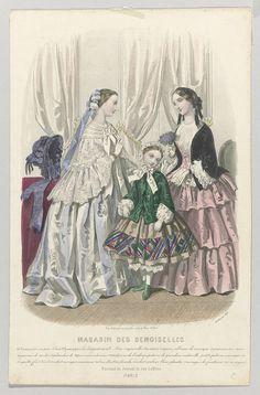 Anonymous | Magasin des Demoiselles, 25 février 1855, Anonymous, Delamain, Sarazin, 1855 | Vrouw in kleine schoudermantel met bij de hals een strik. Gestreepte rok. Achter haar op tafel staat een luifelhoed. Andere vrouw in een japon met wijde rok met drie gerimpelde stroken stof. Hooggesloten hemd (?). Ondermouwen met geschulpte zoom. Accessoires: linten in het haar, handschoenen, armbanden om beide polsen. Boeket bloemen in de hand. Kinderkleding: meisje in wijde rok met geruite band…