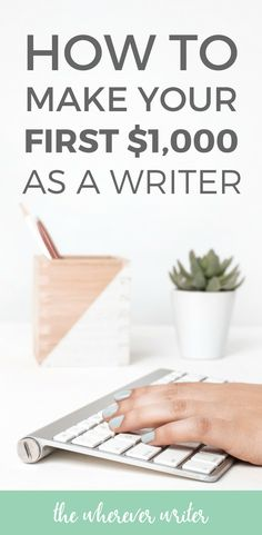 I'm sharing my BEST freelance writing tips for beginners in this IN DEPTH guide on how to get started as a freelance writer. Click to read how you can make your first $1,000! #freelance #writing #writer #writingtips