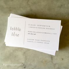 #spiritfoxstudio #graphicdesign #branding #identity #businesscard #simplistic #white