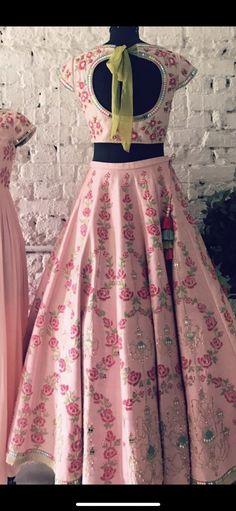 trendy ideas for wedding bridesmaids dresses purple blushes Purple Bridesmaid Dresses, Brides And Bridesmaids, Purple Dress, Lehenga Style, Pink Lehenga, Indian Dresses, Indian Outfits, Lovely Dresses, Beautiful Outfits