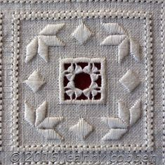 Flower Embroidery Designs, Types Of Embroidery, Learn Embroidery, Embroidery Patterns, Floral Embroidery, Bookmark Craft, Drawn Thread, Hardanger Embroidery, Cross Patterns
