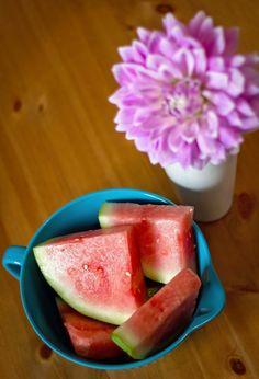 Green Juice, Little Chicken Style Get Healthy, Healthy Eating, Fruit, Juicing, Watermelon, Drink, Chicken, Green, Life