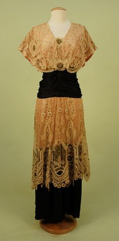 Evening dress, ca 1912