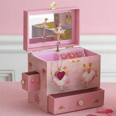 Abby wants a big girl jewelry box . I wonder if she'd like this one even though she asked for a Hello Kitty one? Little Girl Ballerina, Music Box Ballerina, Ballerina Jewelry Box, Girls Jewelry Box, Little Girls, Music Jewelry, Jewelry Case, Pretty In Pink, Small Bouquet