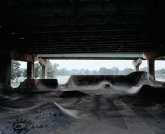Richard Gilligan's Photos of DIY (and Often Illegal) Skateparks Philadelphia Usa, Invisible Cities, Skate Park, All Over The World, Surfing, Backyard, Exterior, Culture, Urban