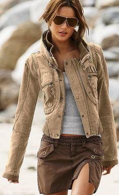 chaqueta linda, falda hermosa