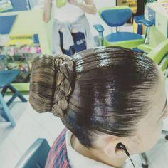 Big Updo, Big Bun, Sleek Hairstyles, Pretty Hairstyles, Santa Monica, Sleek Updo, Ballroom Hair, Hairspray, Hair Oil