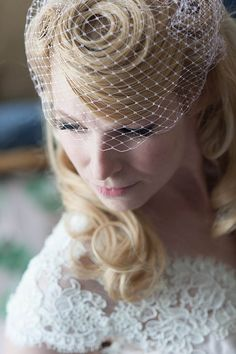 Retro Wedding Hair | Vegan Circus Allebach Photography | Rock n Roll Bride