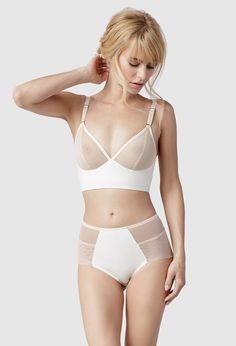 Fortnight Lingerie's signature Luna Longline is a full support, wire free bra featuring clean, assertive design lines created by careful seaming, an extended band and reinforced paneling for structure and supreme comfort.