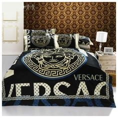black satin comforter versace bedding set satin medusa duvet set black gray bedding. Black Bedroom Furniture Sets. Home Design Ideas