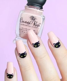 Nail art Christmas - the festive spirit on the nails. Over 70 creative ideas and tutorials - My Nails Cat Nail Art, Cat Nails, Cat Nail Designs, Moon Nails, Nagel Gel, Halloween Nails, Easy Halloween, Nails Inspiration, Beauty Nails