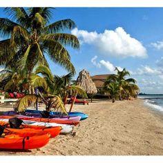 6 day kayak trip around Belize islands under 2k