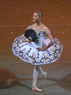 Alina Somova www.theworlddances.com/ #costumes #tutu #dance