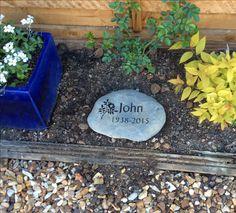 natural stone memorial available from httpwwwrusticstonenetgarden