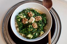 Couscous with spinach, dates, feta cheese and walnuts by deli from the valley /// Couscous mit Spinat, Datteln, Feta und Walnüssen