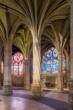 Twisted pillars of Saint Severin, Paris