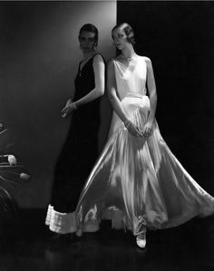 Photo by Edward Steichen, ca. 1930, dress by Vionnet, Vogue.