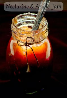 elephants and the coconut trees: Nectarine and Apple jam / Nectarine preserve / Preserve without pectin/ Guest post for FoodOlicious Pictured