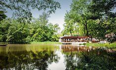 Idyllisch: Restaurant Klee am Hanslteich in Wien Restaurant Am Wasser, Vienna Woods, Vienna Austria, Budapest, Country Roads, Cabin, In This Moment, Mansions, Landscape