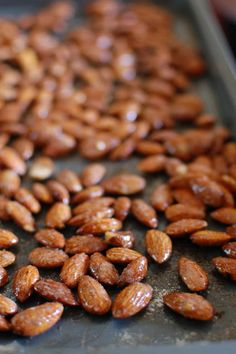 *Random Thoughts of a SUPERMOM!*: Sweet and Spicy Almonds