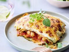 Beef rib with grilled bone - Healthy Food Mom Greek Recipes, Veggie Recipes, Real Food Recipes, Vegetarian Recipes, Cooking Recipes, Healthy Recipes, Veggie Food, Healthy Food, A Food