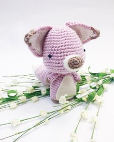 Had the wonderful opportunity to do a pattern trade with @nouko.patterns  Here is her adorable little fox!! And of course I had to make it a PINK fox  Any crocheters looking to make one should check out her account   #amigurumi#crochet #crocheted #crocheting#crochetlove#crochetlover#instacrochet#crochetdoll #crochetersofinstagram #амигуруми #ganchillo#뜨개질 #haken…