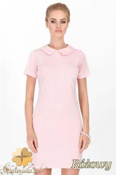 Modna sukienka damska o prostym kroju z kołnierzykiem wyprodukowana przez Makadamia.  #cudmoda #moda #styl #ubrania #odzież #clothes #sukienki #dresses #women #fashion #glamour