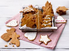 Joulupiparit Gingerbread Cookies, Christmas Cookies, Food Goals, Coconut Shrimp, Bakery, Butter, Desserts, Recipes, Cupcakes