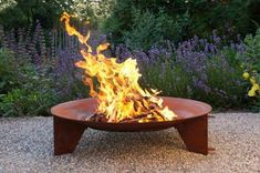 5 Cheerful Tips: Fire Pit Chairs String Lights simple fire pit brick patios.Fire Pit Australia Outdoor fire pit cover how to make. Fire Pit Party, Diy Fire Pit, Fire Pit Backyard, Gas Outdoor Fire Pit, Fire Pit Landscaping, Fire Pit Materials, Steel Fire Pit, Fire Pit Furniture, Garden Online
