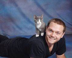 Last May, Alex Lubow used a groupon for a J.C. Penney photo shoot with his then weeks-old kitten Winslow. | This Guy Used A Groupon To Give His Kitten A Photo Shoot At J.C. Penney And Oh My God It's Amazing