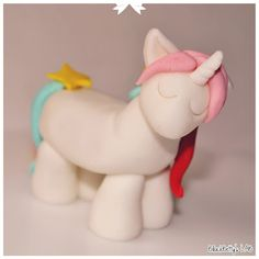 Figura fondant unicornio