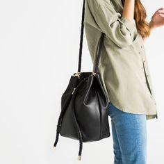 Image 6 de SAC CONVERTIBLE AVEC CORDE de Zara