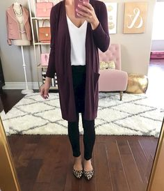 Cozy 55+ Most Popular Outfits Women For Daily Work https://www.tukuoke.com/55-most-popular-outfits-women-for-daily-work-8258