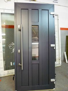 Home Door Design, Door Design Interior, Home Building Design, Single Main Door Designs, Double Door Design, Iron Front Door, Wooden Front Doors, Upvc Stable Doors, Modern Entrance Door