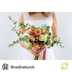 wedding flowers, bridal bouquet.