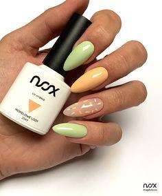 Szukacie kolorków na lato? Koniecznie sprawdźcie połączenie Lemoniady i Morelowych Lodów - w tej konfiguracji wyglądają niezwykle dziewczęco.   #nails #nail #nailsart #nailart #nailsartist #nailartist #nails2inspire #nailsinspirations #nailsdesign #summernails #greennails #orangenails #nailswag #nailsoftheday #mani #manicure #manicurehybrydowy #paznokcie #paznokciehybrydowe #paznokcieżelowe #paznokcienalato #letniepaznokcie #paznokcienawakacje #hybrydy #hybryda #pazurki Latest Nail Art, Manicure, Nails, It, Trends, Beauty, Clothing, Nail Bar, Beleza