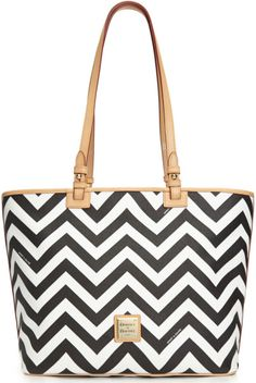 Dooney & Bourke White Chevron Leisure Shopper